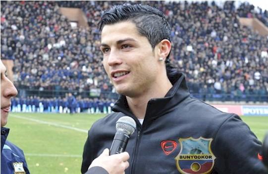 FOTO  Ronaldo Posjetio Uzbekistan I Zaradio  Sitnih  600 000 Eura